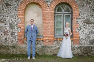 Fotogrāfs Kaspars Poriņš kāzas Talsu Vandzenē Kurzemē kāzu fotogrāfs_04